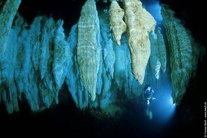 Chandelier Cave - Höhlentauchen